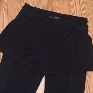 Old Navy Workout Capri/Skort set